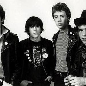 """Stiff Little Fingers""的封面"