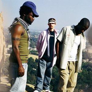 Imagem de '3 Melancholy Gypsies'