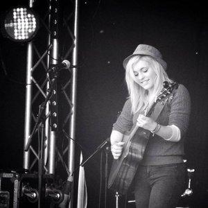 Immagine per 'Beth McCarthy'