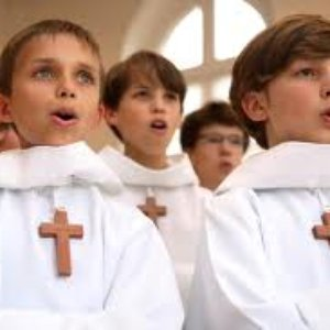 Image for 'Les Petits Chanteurs A La Croix De Bois'