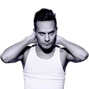 Bild für 'Oskar Linnros'
