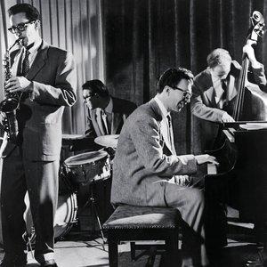 Image for 'Dave Brubeck Quartet with Paul Desmond'