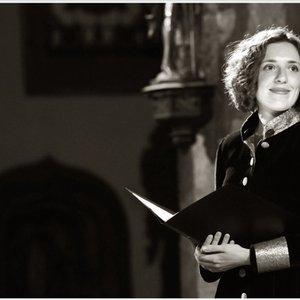 Bild för 'Clare Wilkinson'