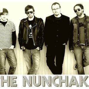 Imagen de 'The NUNCHAKS'