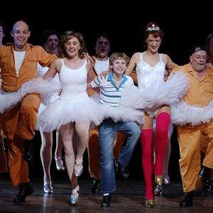Image pour 'Billy Elliot Cast'