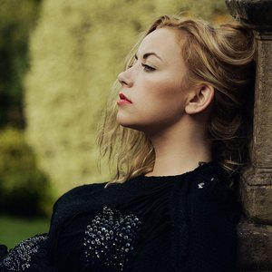 Image pour 'Charlotte Church'