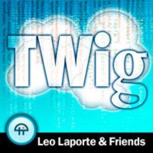 Image pour 'Leo Laporte, Gina Trapani, Jeff Jarvis, and Elinor Mills'