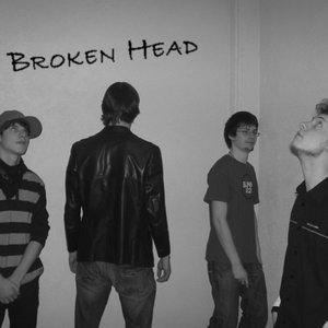 Imagem de 'Broken Head'