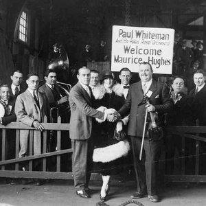 Image pour 'Paul Whiteman & His Orchestra'