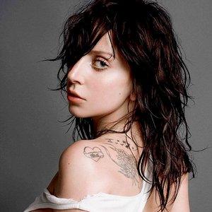 """""""Lady Gaga""""的封面"""