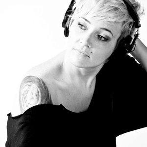 Bild för 'Alicia Hush'