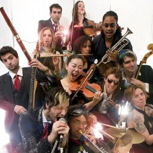 Imagen de 'The Ambitious Orchestra'