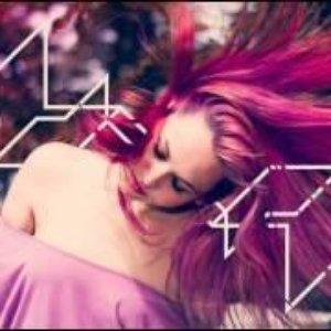 Image for 'Lisa Rowe'
