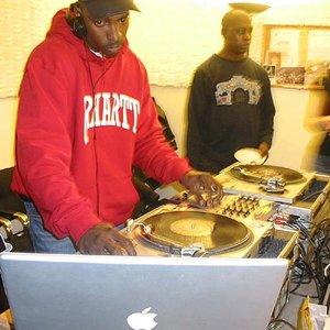 Bild für 'DJ 3D'