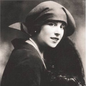 Image for 'Lucrezia Bori'