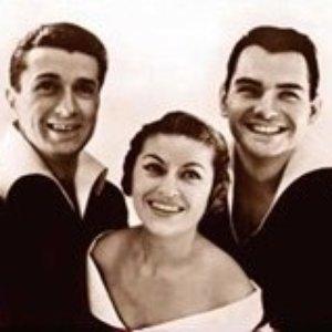 Image for 'Les 3 ménestrels'