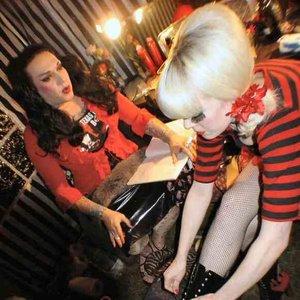 Imagen de 'Sin City Circus Ladies'