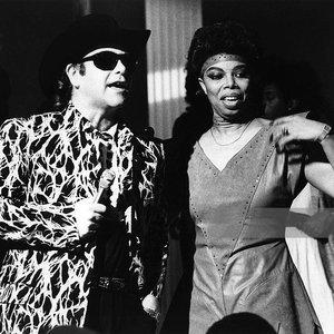 Imagem de 'Elton John & Millie Jackson'