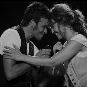 Image for 'Thalía & Pedro Capó'