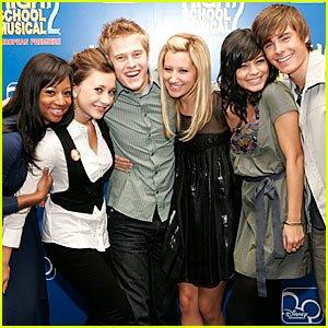 Image for 'Vanessa Hudgens, Lucas Grabeel, Zac Efron, Olesya Rulin & The Cast of High School Musical'
