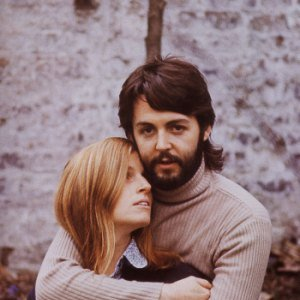 """Paul & Linda McCartney""的封面"