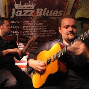 Image for 'Damir Kukuruzovic gipsy jazz quintet'