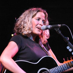Image pour 'Amy Wadge'