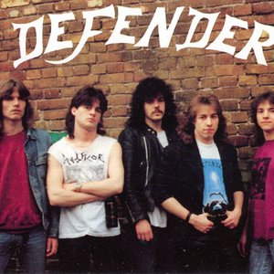 Bild für 'Defender'