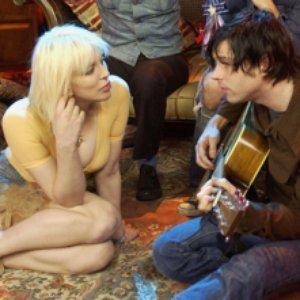Imagem de 'Courtney Love & Ryan Adams'