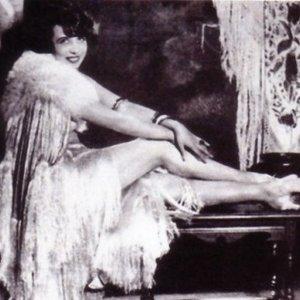 Image pour 'Mistinguett'