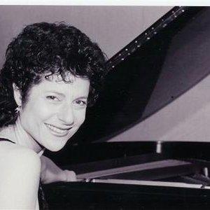 Image for 'Margaret Fingerhut'