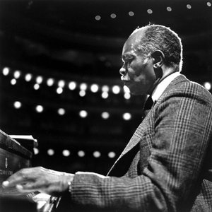 Image for 'Hank Jones'