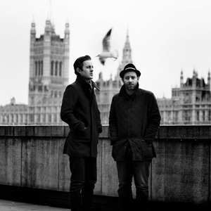 Image pour 'Chase & Status'