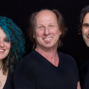 Image for 'Adrian Belew Power Trio'