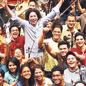 Bild für 'Simón Bolívar Youth Orchestra of Venezuela & Gustavo Dudamel'