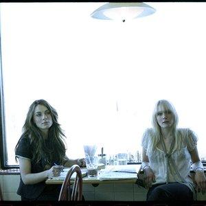 Image pour 'The Webb Sisters'