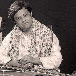 Image pour 'Debashish Bhattacharya'