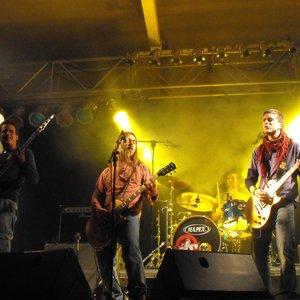 Bild för 'A Pelo y Tú'
