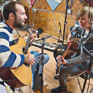 Image for 'Pomplamoose'