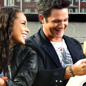 Image for 'alejandro sanz & alicia keys'