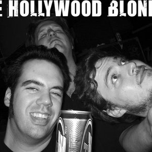 Image pour 'Hollywood Blondes'