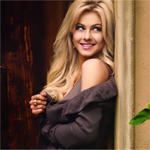 Image for 'Julianne Hough'