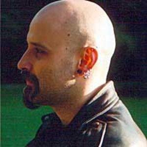 Bild für 'Riharc Smiles'