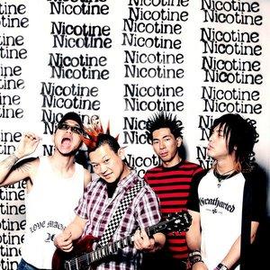 Bild för 'Nicotine'