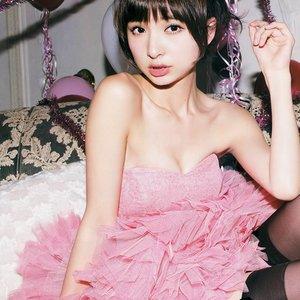 Bild für '篠田麻里子'