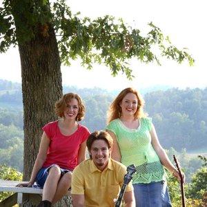 Bild für 'Shiloh Mountain Trio'