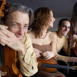 Imagen de 'Republic of Strings'