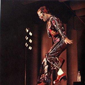 Immagine per 'Elton John'