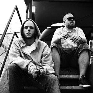 Bild für 'Organism 12 & DJ Large'