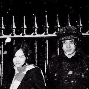 Immagine per 'The White Stripes'